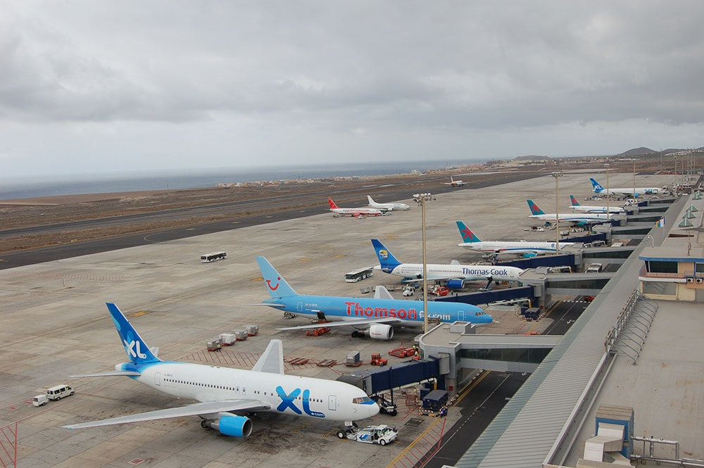 How long does it take from tenerife south airport to santa cruz — photo 1