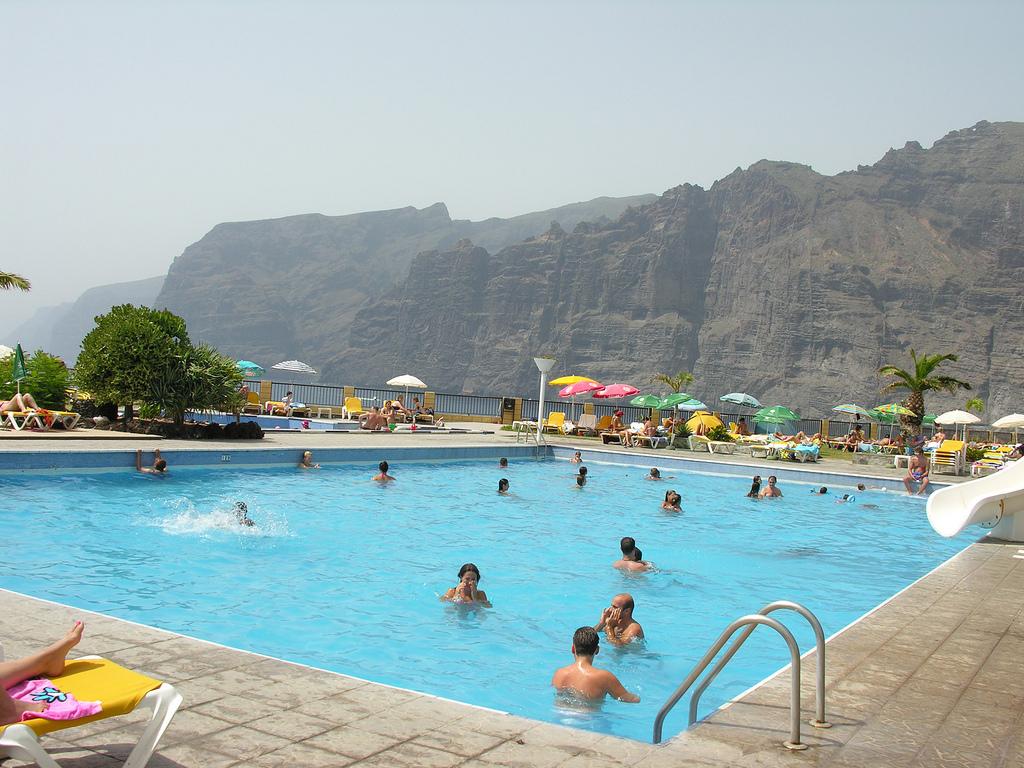 Los Gigantes Holiday Resort In Tenerife